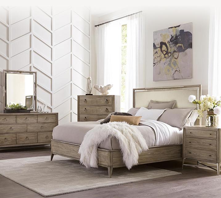 [렌탈] 50378 Sophie Upholstered Panel Bedroom Q Set [침대프레임+화장대+거울+협탁] / 월 119,800원